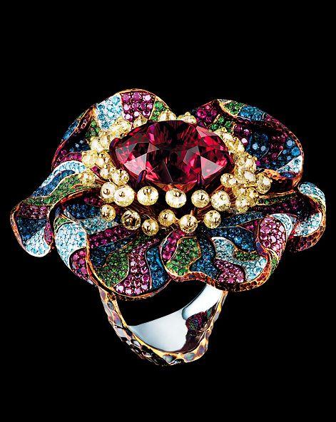 18K white gold, 1 tourmaline, 42 yellow briolette diamonds, 191 purple diamonds, 241 sky diamonds, 355 sapphires, 242 rubies, 252 tsavorites