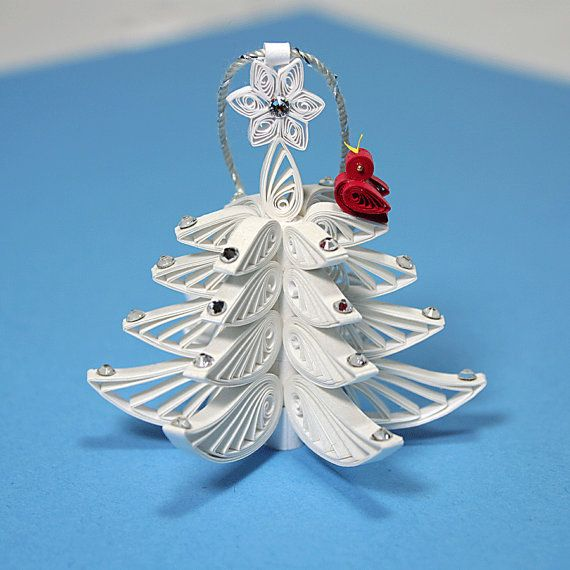 Arbre de Noël ornement - une merveilleuse piquants / blanc arbre de Noël en filigrane : décoré de strass de Swarovski et étoile blanche.