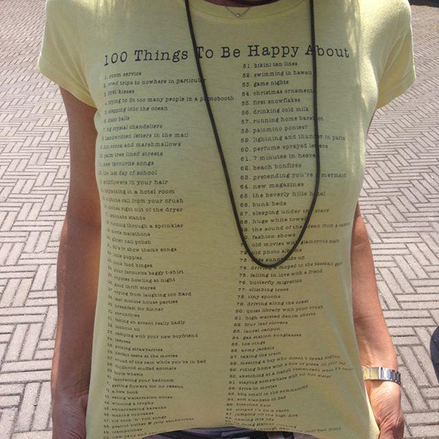 Anche di lunedì c'è un motivo per essere felici! Buona settimana :)  There is a reason to be happy even on Monday!  .  .  #happymonday #buonlunedi #100thingstobehappy #blogger #beautyblogger #ootd #instablogger #behappy
