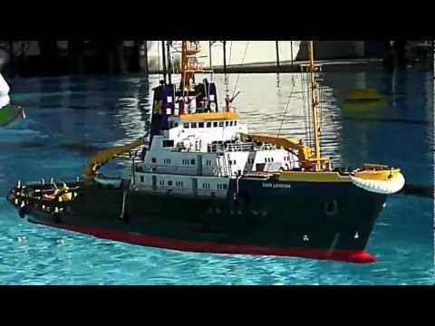 SMIT LONDON Tug Boat - YouTube