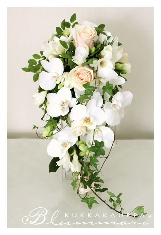 Cascade with light flowers