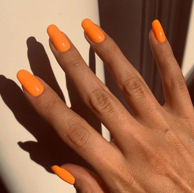 Die besten Neon Nagellacke für den Sommer – unhas de gel