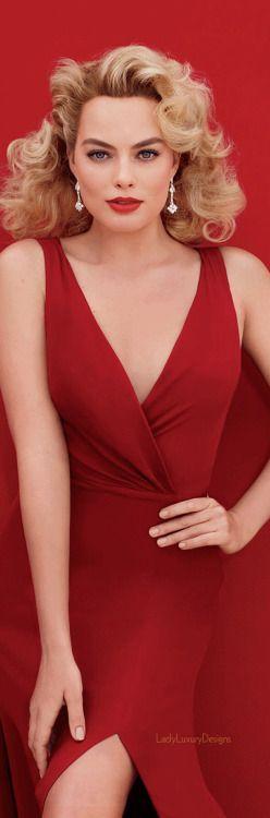 Margot Robbie LadyLuxury7