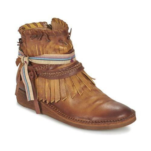 Felmini SPARAGO Camel pas cher prix promo Boots Femme Spartoo 149.90 €