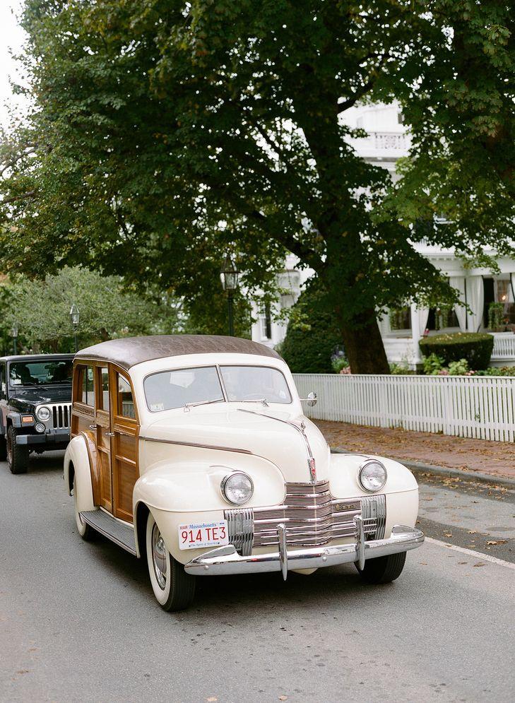 Antique Ceremony Getaway Car Jocelyn Filley Photography Https Www Theknot Wedding Transportationsophisticated