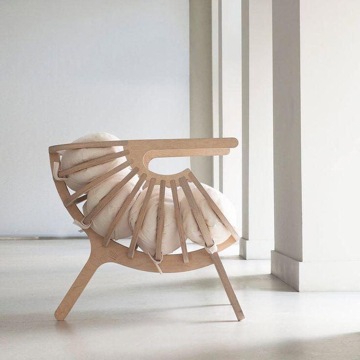 Furniture Designer Modern Armchair Shell Shape Wood Pillow Cotton Of Zia  Lisbon