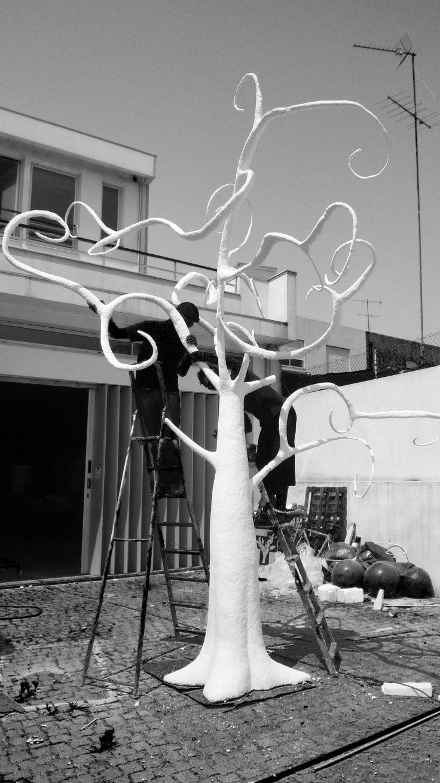 tree - paper mache