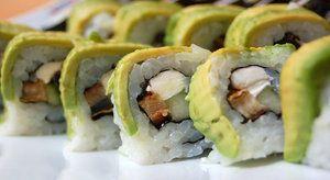 Uramaki sushi s avokádem  sushi#uramaki#cokking course#Japanese cuisine