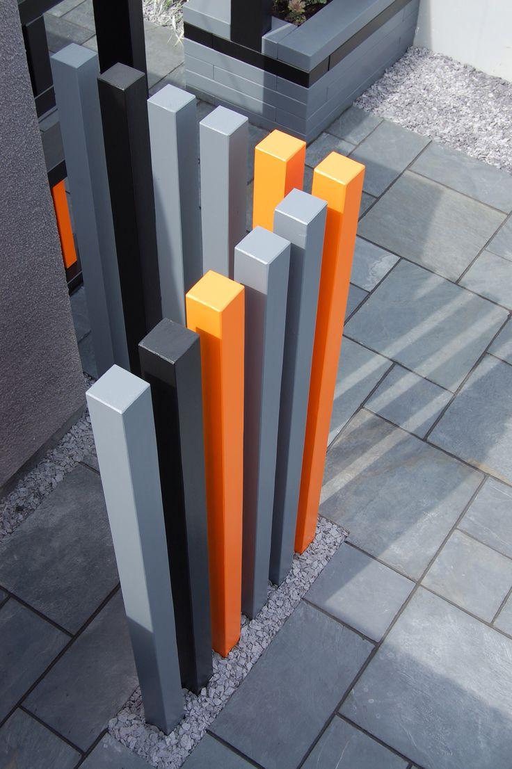 Wheelie bin screen by www.roberthughesgardendesign.co.uk