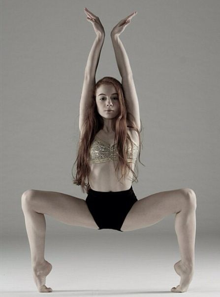 This is a girl called Ashi Ross. She is a very brave and good dancer. She also does acting, singing and modelling.