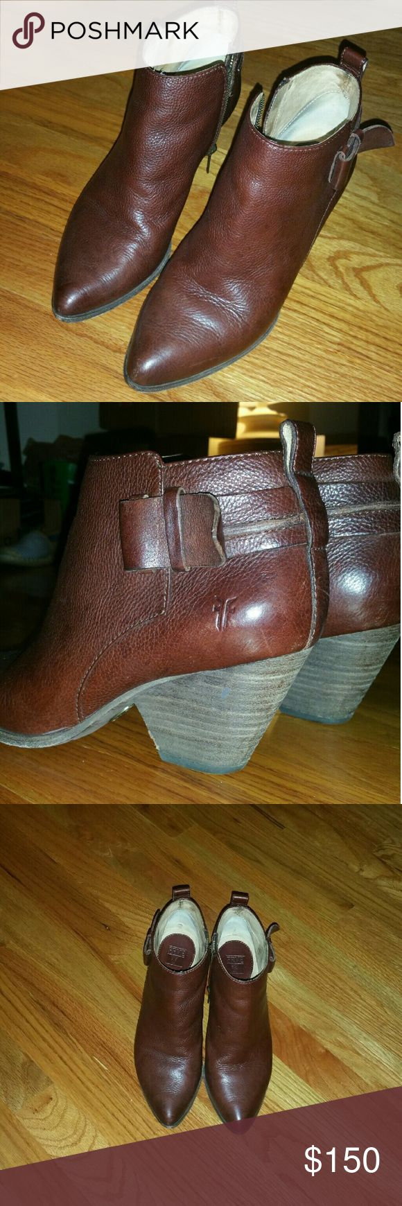 Frye ladies ankle boots Excellent condition! Beautiful boots. Frye Shoes Ankle Boots & Booties