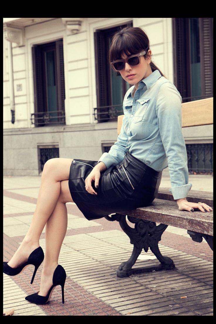 Blanca Suárez en 7días/7looks: Falda de Loewe y camisa de G-Star | Galería de fotos 1 de 10 | Vogue