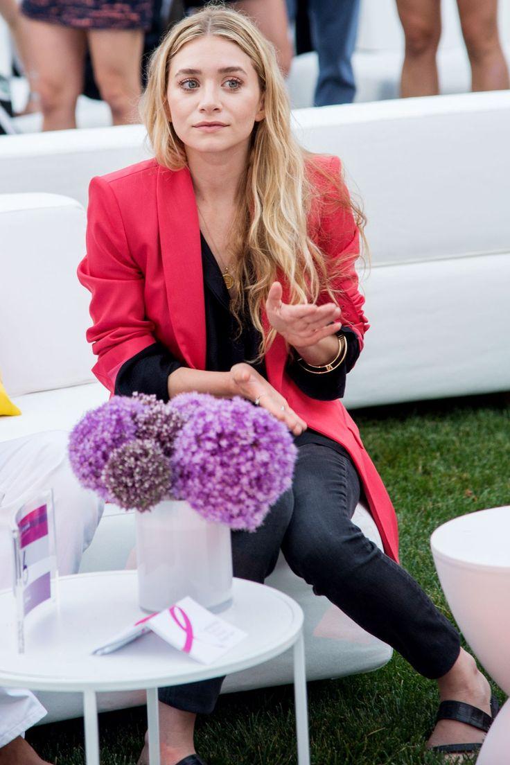 Ashley Olsen: pink blazer + bangles