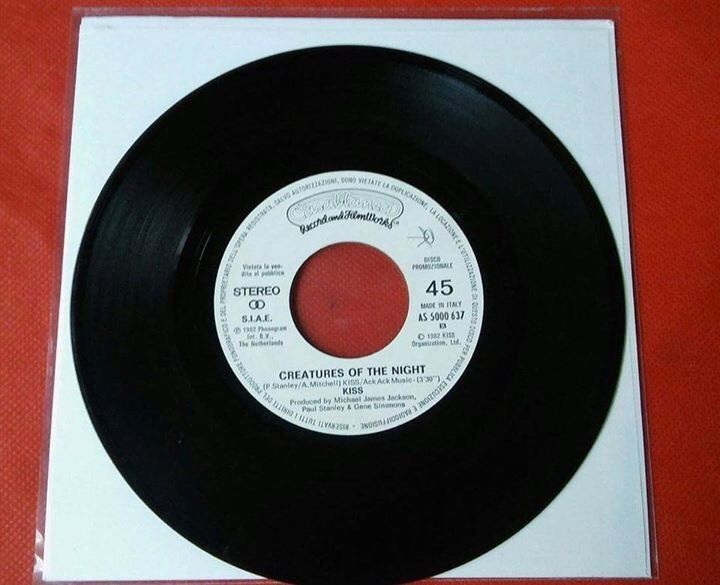 KISS Creatures Of THE Night 45 Giri ('7 Inch) SIDE A) Alberto Fortis Side B KISS RARE! Creatures Of THE Night single 7 Inch) SIDE A) Alberto Fortis Side B