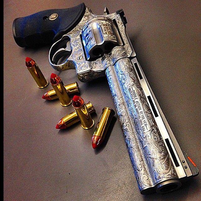 Engraved colt .44 Magnum Anaconda revolver Cred | @illmanneredgunrunner707