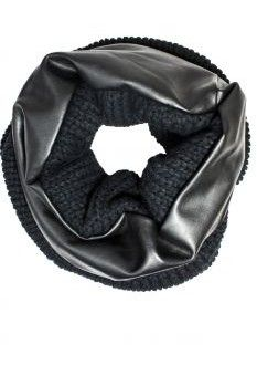 Women's Knitted Scarves For Fall-Winter 2015-2016