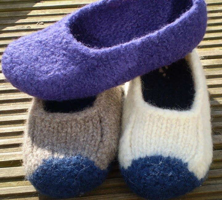 'Duffers' – A Quick and Easy 19 row Felted Slipper Pattern. I made these and was SHOCKED at just how quick and easy they were!
