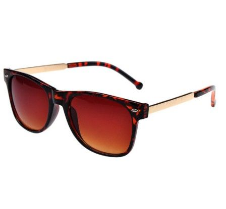 Pánské sluneční brýle oranžové – brýle Na tento produkt se vztahuje nejen zajímavá sleva, ale také poštovné zdarma! Využij této výhodné nabídky a ušetři na poštovném, stejně jako to udělalo již velké množství spokojených zákazníků …