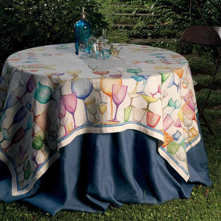 Tessitura Toscana Telerie is a manufacturer and distributor of quality household linen. Bed linen, table linen and bath linen wholly created and manufactured in Italy. www.shopadeco.com