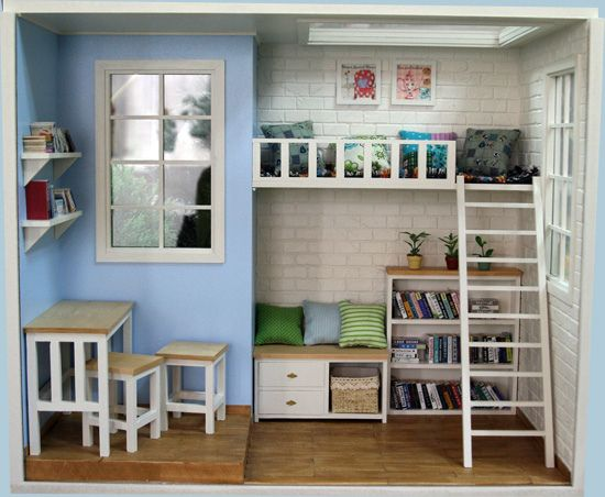 Miniature roombox with loft bed