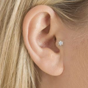 Cute tragus piercing that I want to make already for a long time!