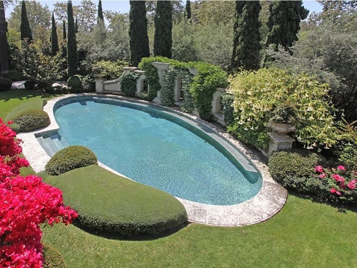 25+ Best Ideas About Oval Pool On Pinterest