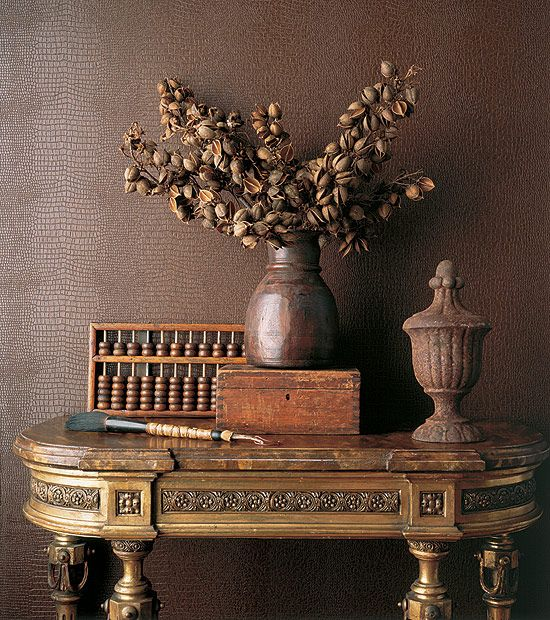 BrownDecor Ideas, Interiors Design, Beautiful Brown, Tables Display, Chocolates Brown, Design Home, Wall Texture, Texture Wall, Vintage Vignettes