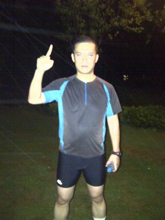 Congratulations Arthur Zhang, Managing Director of Thornehope, naseba's strategic business partner in Shanghai. Arthur has long been an important part of naseba's growth in China. Arthur just made it happen by completing his very first ever marathon, the Shanghai International Marathon! Impressive!