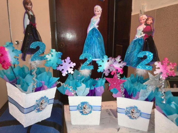 17 best images about centros de mesa fiesta on pinterest mesas tissue paper and toy story - Centros de mesa de frozen ...