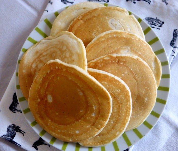 LES METS TISSÉS: Cuisine d'ici et d'ailleurs: PANCAKES VEGAN MOELLEUX ET HYPER SIMPLES
