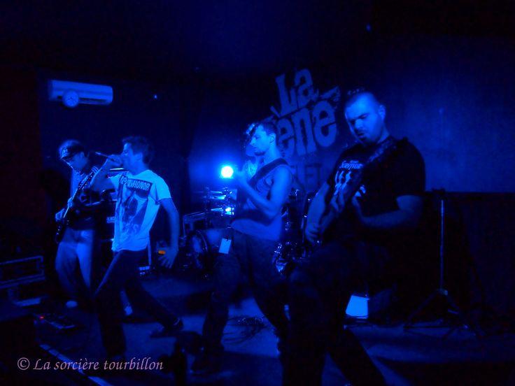 Photos du vernissage de Spit Your Rage à La Scène Michelet – Nantes le 01.11.2014 (metal/ hardcore)