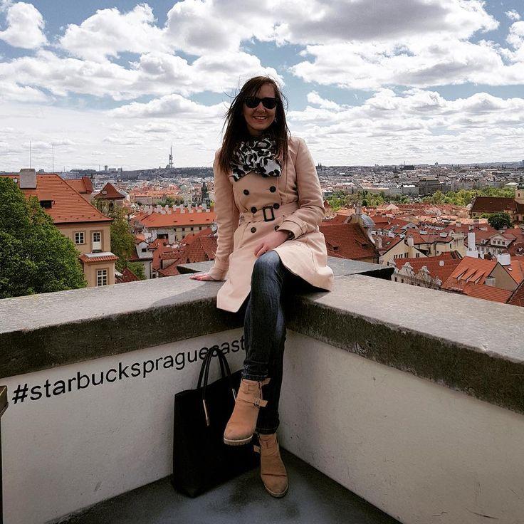 hello Prague! #prague #praga #praha #longweekend #czech #czechrepublic #majówka #zwiedzanie #beautifulday #travel  #friendstime #familytime #hradcany #view #panorama #polishgirl #photooftheday http://tipsrazzi.com/ipost/1505973803036437050/?code=BTmSzHjB-o6