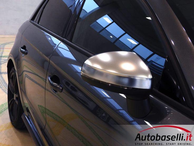 AUDI S1 SPORTBACK 2.0 TFSI QUATTRO 231 CV Sedili sportivi in pelle + Fari Xeno + Trazione Integrale Quattro + Sedili riscaldati + Cerchi in lega 17 + Audi Drive Select + Volante Sportivo + Climatizzatore automatico + Vetri oscurati + Bracciolo + del 12/2014