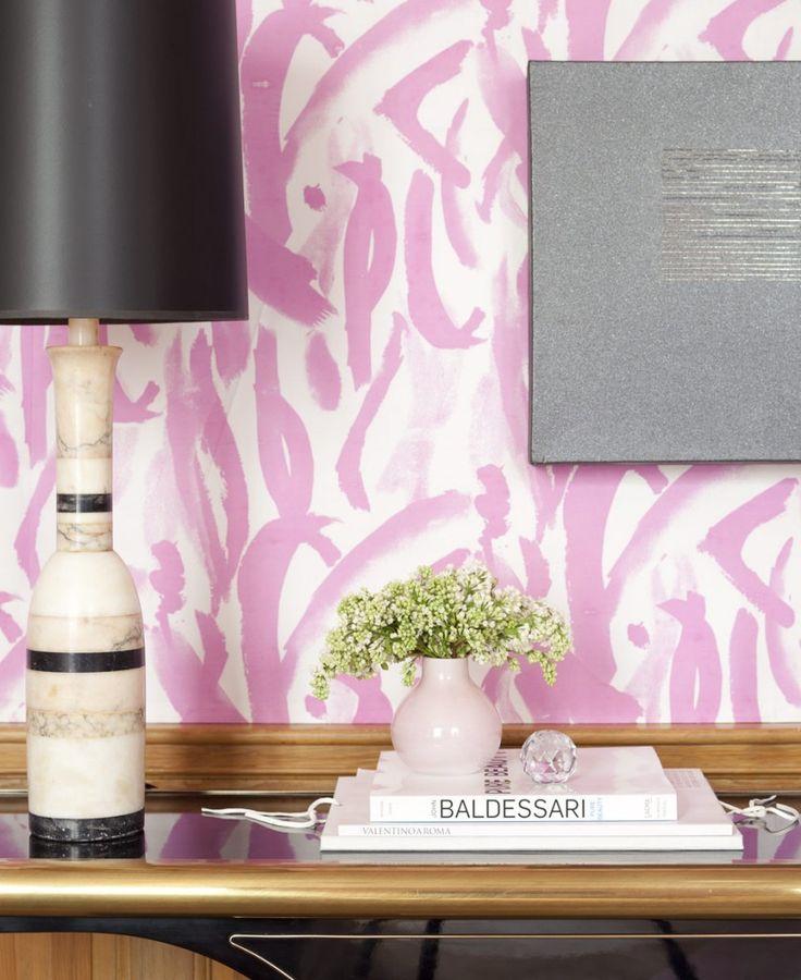 Play with Pattern and Prints. Pink brush stroke wallpaper. Interior Designer: Amanda Nisbet.