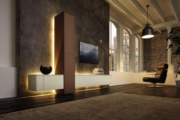 #livingroom #huelsta #hülsta #laquer #glasscabinet #ambientelighting #leather #lighting #furniture #elegant #interiordesign  Erhältlich bei https://www.huels-in.de/