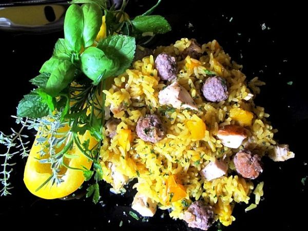 """Thay rice with curry, peppers, meatballs with herbs and extra virgin olive oil """"Per Liliana"""" by Bruna Cipriani"""