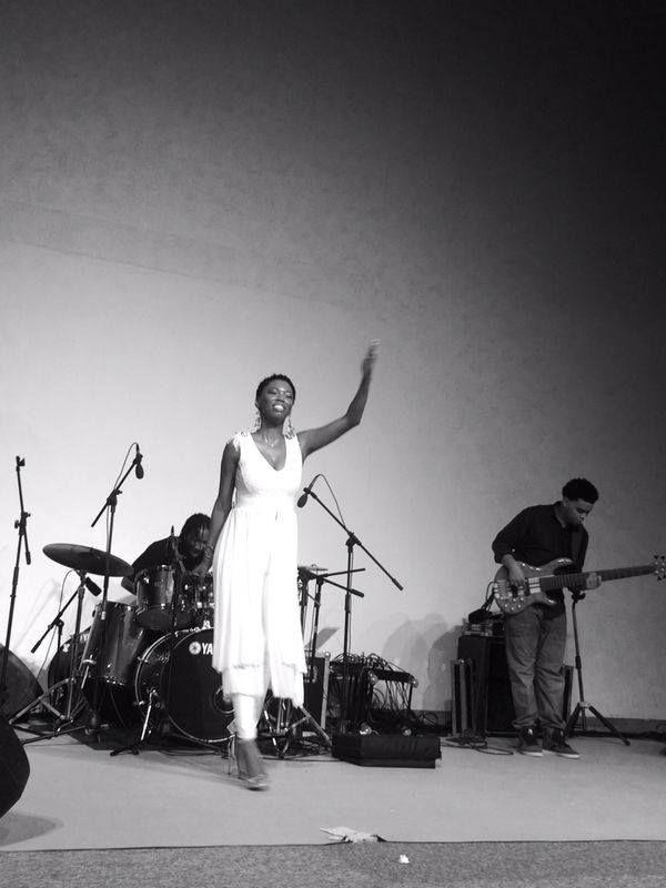 Lira performing