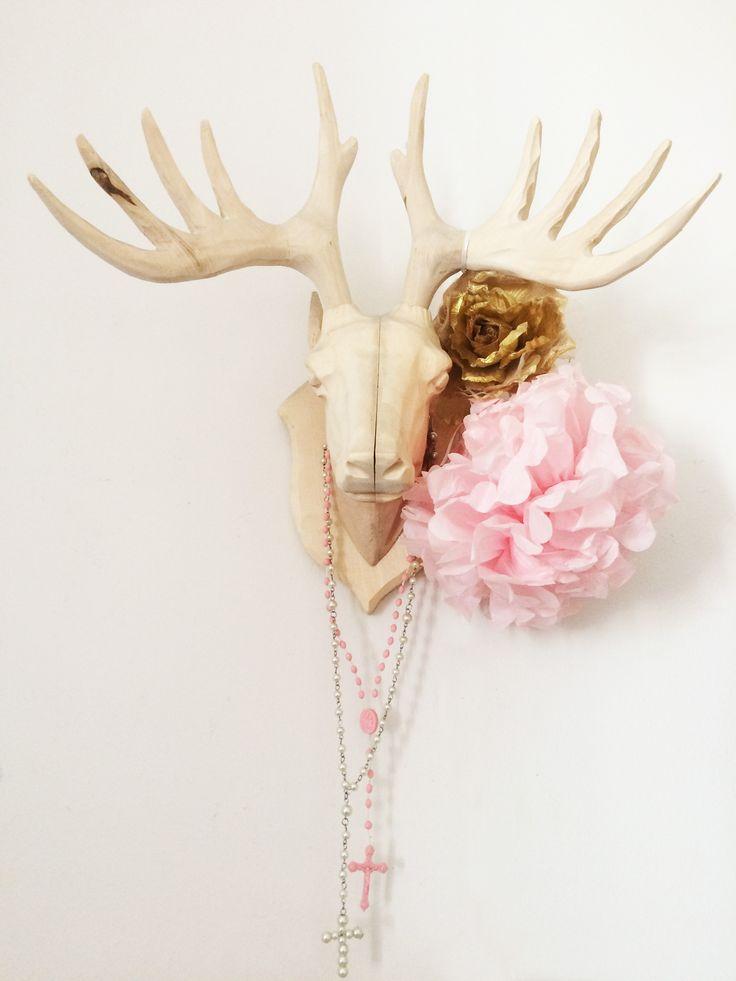 Prachtstijl   Styling Meisjes slaapkamer Houten hert   Pompon   Gouden roos