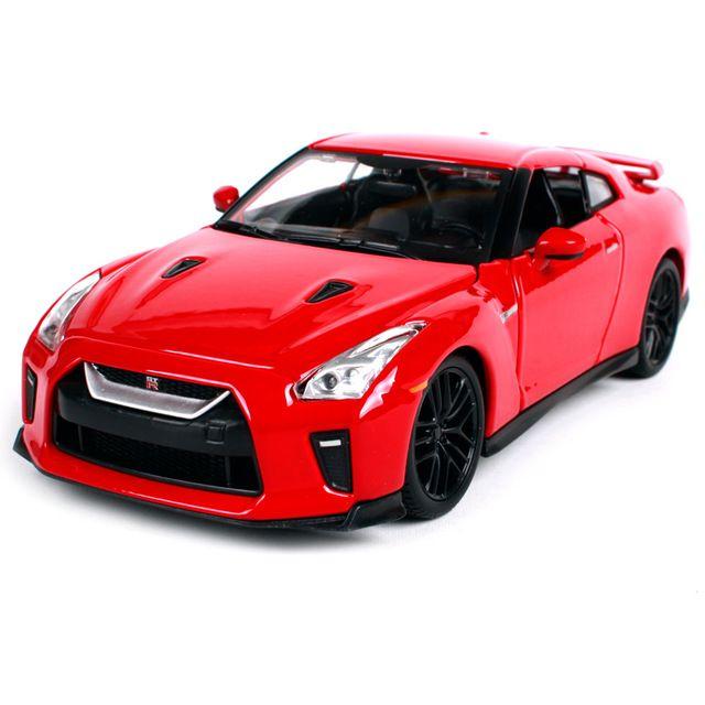 Bburago 1:24 Nissan 2017 GTR Diecast Model Car Toy Red