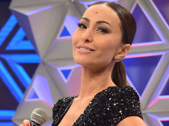 Não perca: Programa da Sabrina estreia sábado (26) com Anitta, Tom Cavalcante e muito mais! http://r7.com/Mo69  (Foto: Antônio Chahestian/ Rede Record)