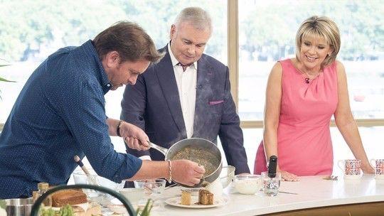 James Martin's Yorkshire Parkin | Food | This Morning ...