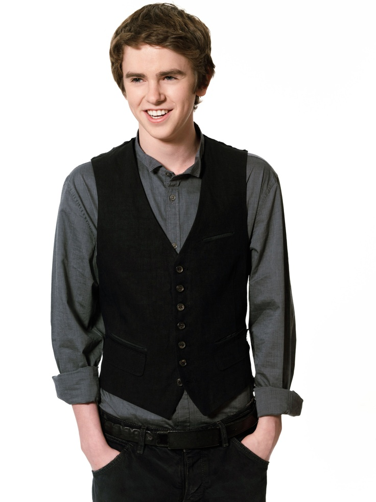 Freddie Highmore - MY LOVE. He's actually 20 so...<3