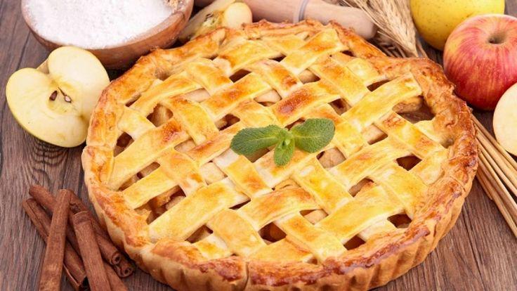 طريقة تارت التفاح Sweet Recipes Pie Dessert Traditional Apple Pie