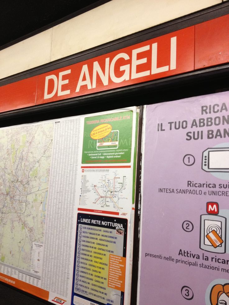 Piazza De Angeli nel Milano, Lombardia