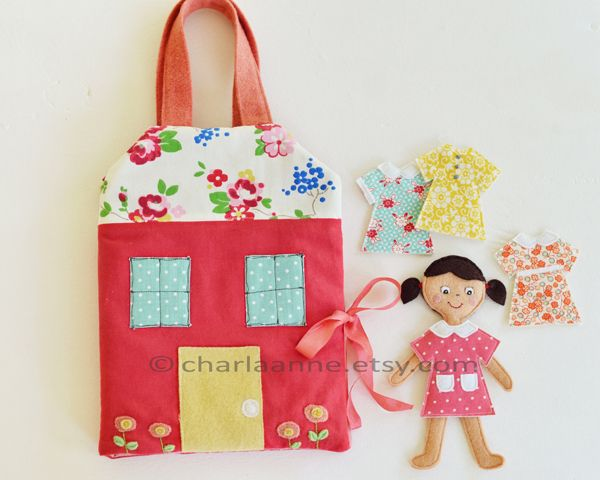link to etsy shop for pattern for these felt paper dolls and the house... so cute!