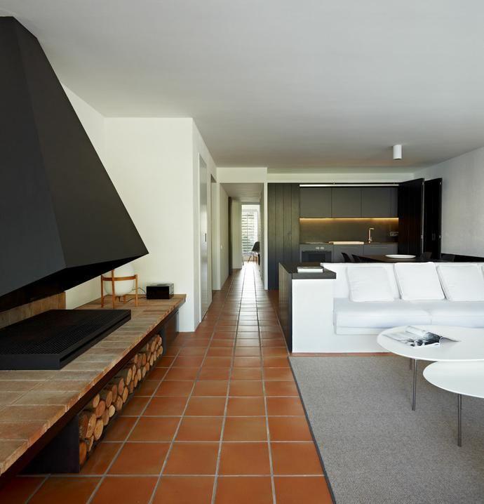 minimalismo en una casa en cadaqus