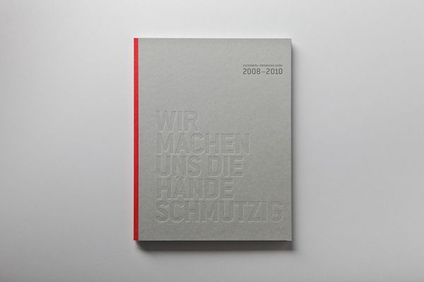 SUSTAINABILITY REPORT by Julian Weidenthaler, via Behance