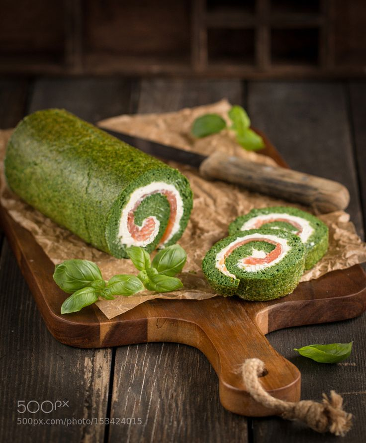 Pic: Spinach Roll with Cream cheese and Salmon