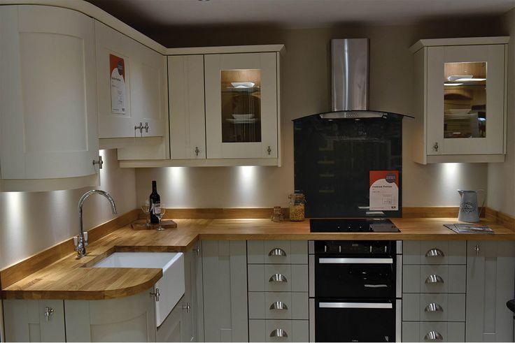 Clapham Shaker Kitchen: 1000+ Ideas About Kitchen Showroom On Pinterest
