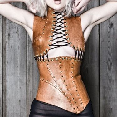 post apocalyptic fashion | Tumblr  I like that it's in pieces!